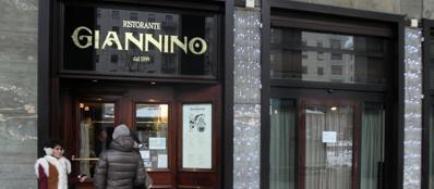 L'ingresso del ristorante «Giannino» (Ansa)