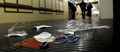 Il luogo nel quale il 65enne è stato soccorso nel mezzanino della stazione della metropolitana di De Angeli (Photoviews)