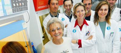Maria Ines Colnaghi con il suo gruppo di ricerca (foto M. Scarpa)
