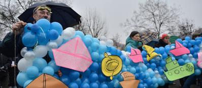 Parco delle cave, manifestazione dei comitati No Canale, contro il progetto Vie d'Acqua per Expo (Fotogramma)
