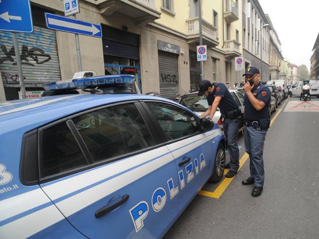Milano,  preso il «turista picchiatore»:  è un dj 23enne spagnolo Le foto|Il video