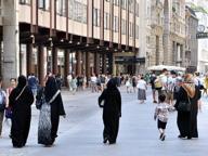 Bambino di 8 anni si perde in piazza Duomo: riconsegnato ai genitori