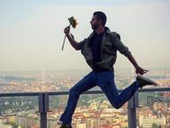 Milano protagonista social con le viste mozzafiato dal 38esimo piano del Pirellone