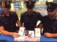 Ruba 9 iPhone in Stazione Centrale Incastrato dalle telecamere, arrestato