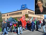 Cento dipendenti in fuga dall'azienda «La padrona ci insulta e alza le mani»