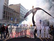 Corteo studenti, tensioni fra centri sociali e anarchici