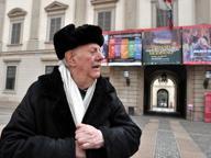 Dario Fo, camera ardente al Piccolo Sabato i funerali in piazza Duomo Il figlio: «È stato un gran finale»