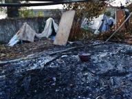 Fuoco nella baracca, ustionata gravemente una 18enne rom