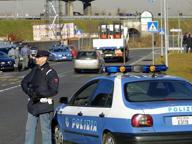Rubavano le auto nell'hinterland di Milano e le rivendevano sul web