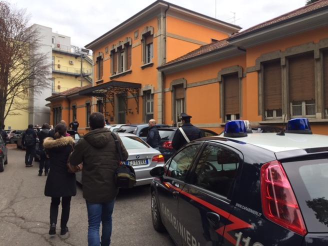 Morti sospette in ospedale Medico e infermiera arrestati