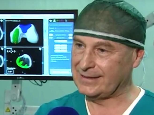 Milano, ortopedico arrestato: «Ho rotto femore a un'anziana per allenarmi» Foto -  Paziente: «Non piego più il ginocchio»