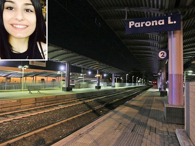 Uccisa a 16 anni dal treno    davanti al fidanzato:  «Addio Iza, ora sei un angelo»|Foto