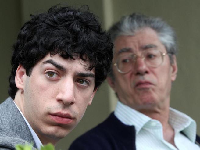 Fondi Lega: condannati Umberto Bossi, il figlio Renzo e l'ex tesoriere Belsito|Foto
