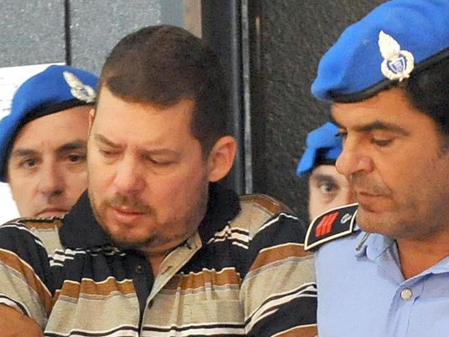 Droga, milioni e 132 omicidi: caccia al super narcos che si nasconde in Italia