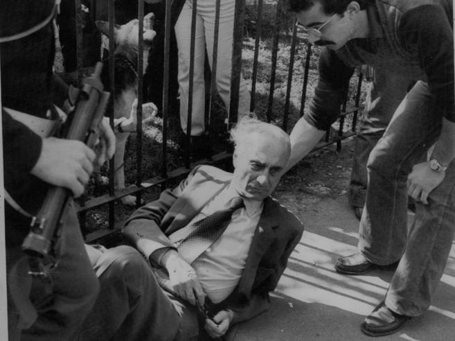 Milano, 1977: Montanelli gambizzato ai Giardini pubblici (e io c'ero)