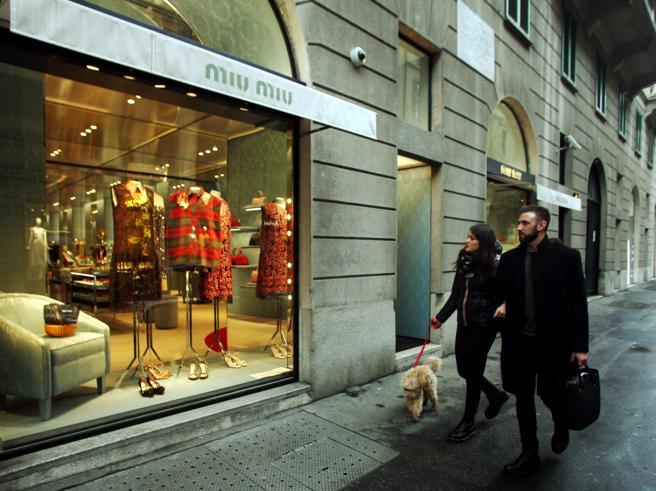 Milano, i ladri scelgono Miu Miu: via 160 mila euro in abiti griffati