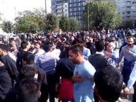 Musulmani in processione tra la Stazione Centrale e Repubblica per l'Ashura
