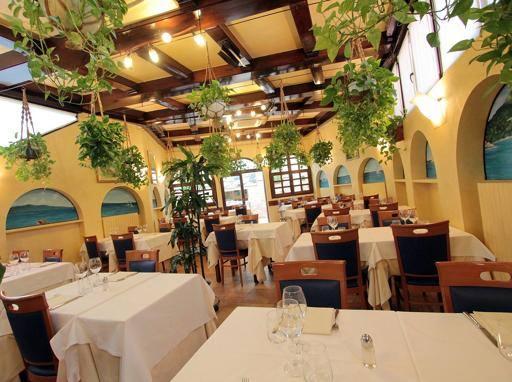 Al Grissino Raffinata Cucina Di Pesce In Via Tiepolo Corriereit