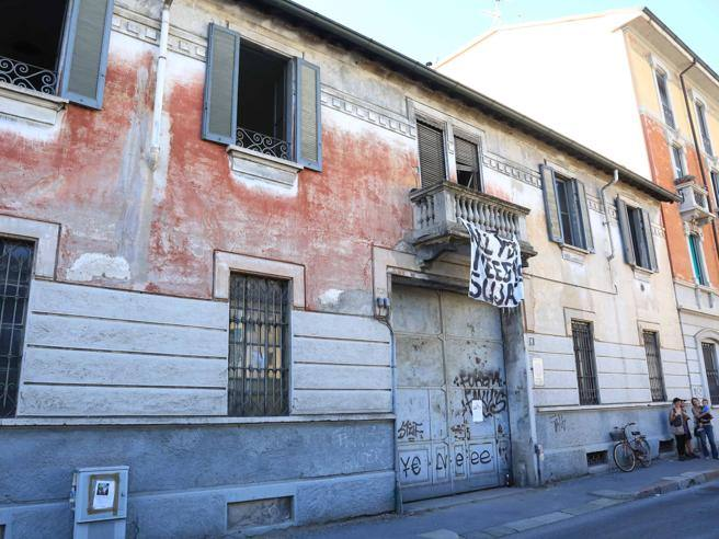 La casa dei miei nonni occupata dagli anarchici for Corriere casa