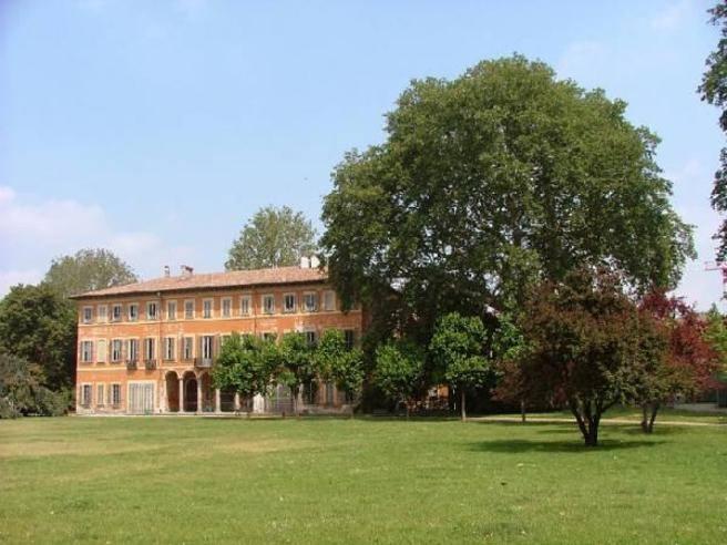 Sgozzata A Villa Litta Milano